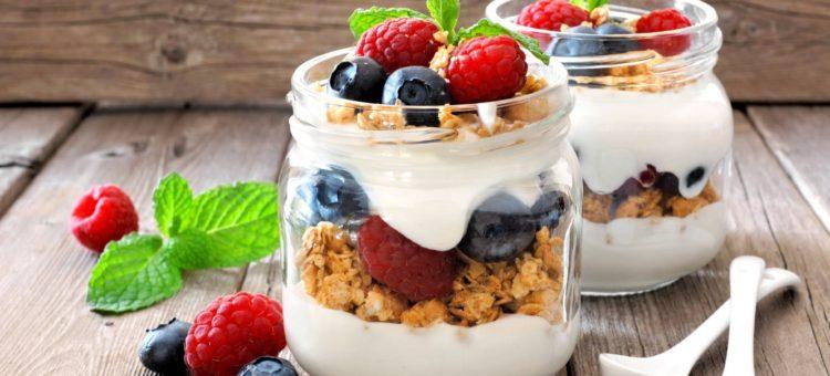 Distinguir la intolerancia a la lactosa del colon irritable (y qué puede comer en cada caso)